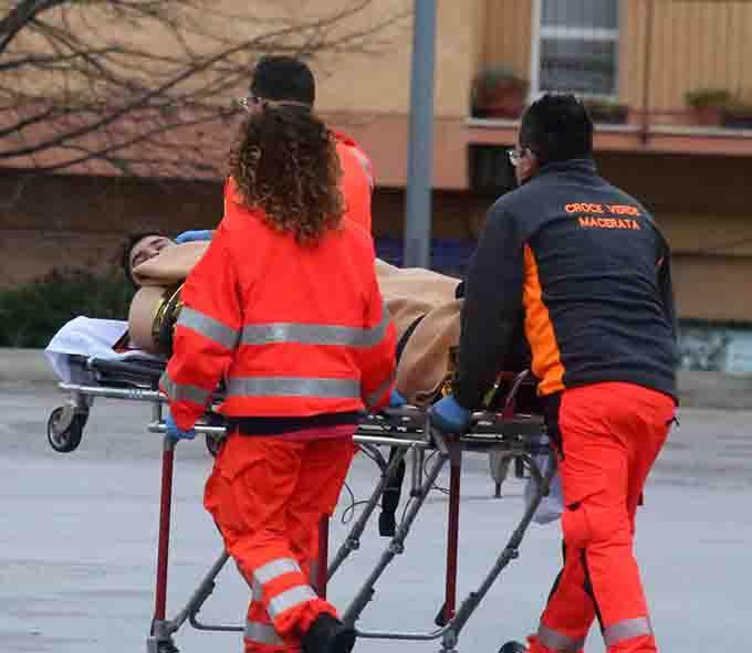 I soccorsi di ieri allHelvia Recina (Foto di Guido Picchio )