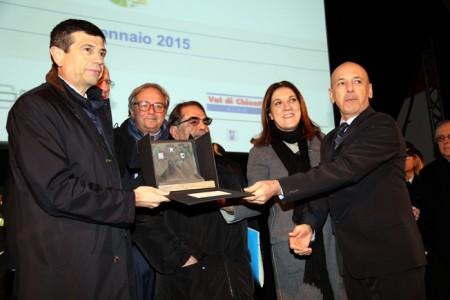 Da sinistra il ministro Maurizio Lupi, il governatore Gian Mario Spacca, la presidente dell'Umbria Catiuscia Marini e il presidente della Quadrilatero Perosino durante la cerimonia di questa mattina