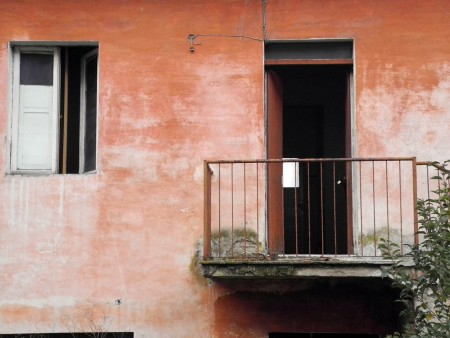 Casa abbandonata (2)