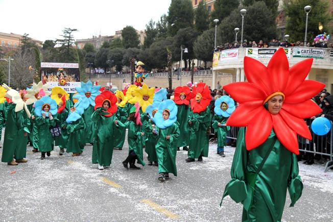 Foto Carnevale Macerata Picchio (8)