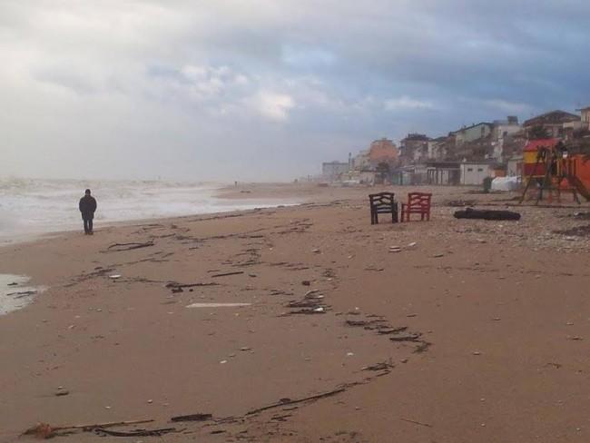 La situazione alle 16 sulle spiagge del centro storico