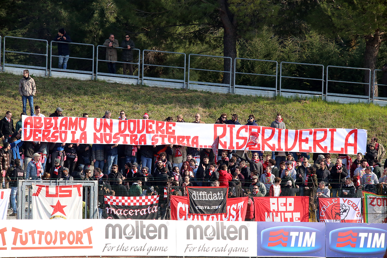 Tifosi Maceratese (1)
