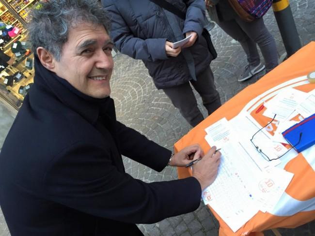 Bruno Mandrelli durante un banchetto dei Giovani Democratici dei giorni scorsi