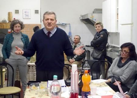 Il 4 febbraio Giuliano Meschini, consigliere comunale Idv, annuncia a Cronache Maceratesi la sua candidatura alle primarie