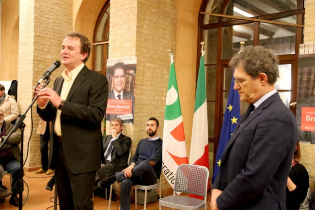 Alessandro Savi durante il lancio della campagna elettorale di Bruno Mandrelli