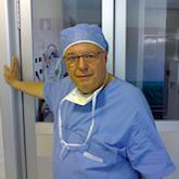Il primario Angelo Mantovani