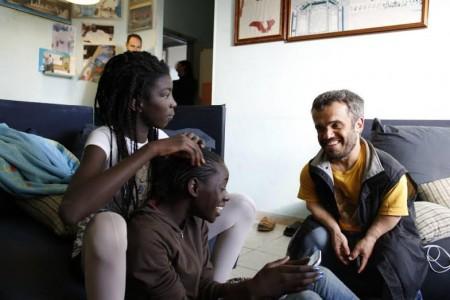 Anita Diop, a terra e Claudio Gaetani a destra durante una pausa