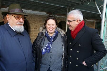 Il maestro Gorla, con il sindaco e Laura Stiattesi