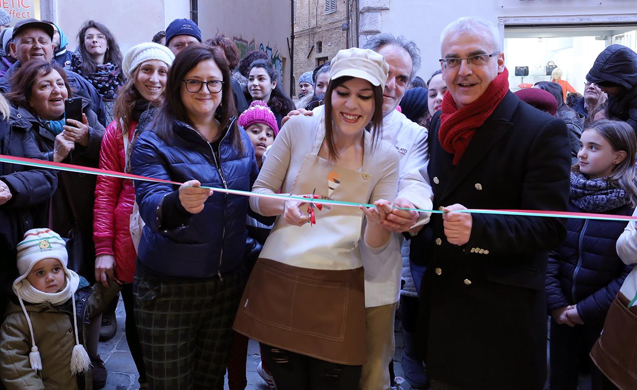 Inaugurazione Gelateria Very N'Ice (6)