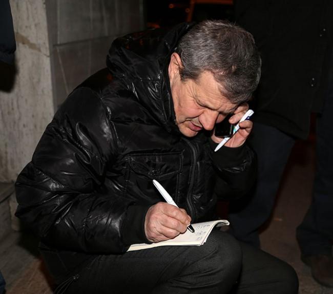 Giuliano Meschini (Idv) davanti al seggio di via Spalato