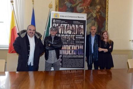 Da sinistra Germano Marsili della 2GM Film, il regista Paolo Doppieri, l'assessore alla cultura e turismo Giulio Silenzi e la presidente dei Teatri di Civitanova Rosetta Martellini