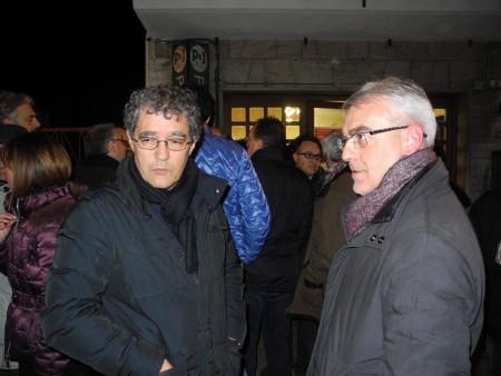 Bruno e Mandrelli e Romano Carancini durante le primarie del centrosinistra