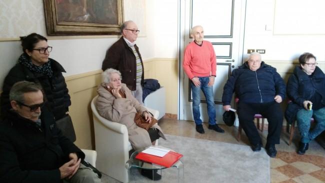 I residenti dal sindaco Corvatta contro il Donoma
