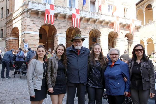 Alberto Gorla con moglie e nipoti_Foto LB