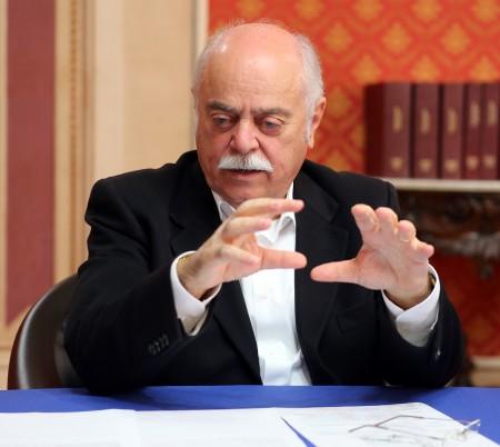 Il presidente della Provincia Antonio Pettinari