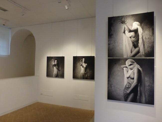 Inaugurazione mostra fotografica Lima Buonaccorsi di Marco Ribechi (16)