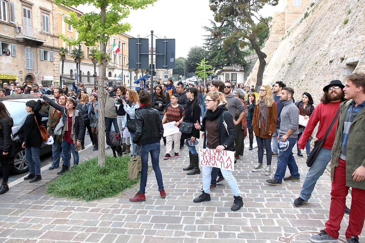 Matteo Salvini_Macerata manifestanti_Foto LB (1)