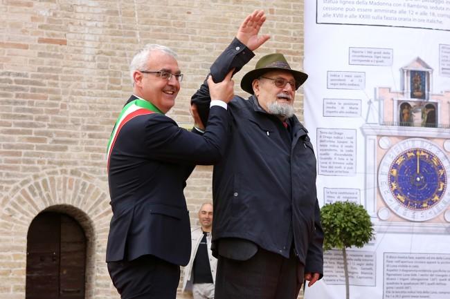 Romano Carancini_Alberto Gorla_Inaugurazione orologio planetario Macerata_Foto LB (3)