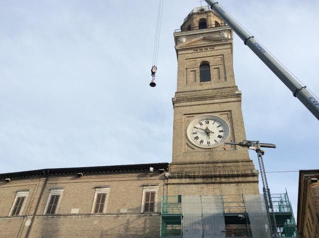 campana torre civica macerata