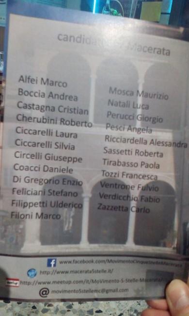 Il volantino con i nomi dei candidati