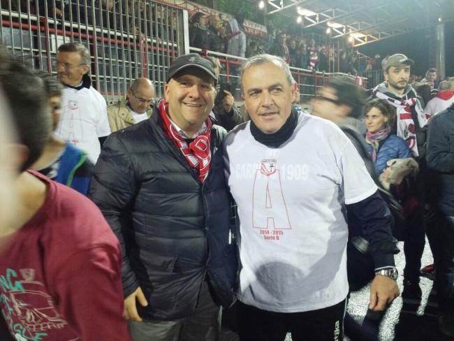 Il presidente del Tolentino Fabio Mazzocchetti e Fabrizio Castori subito dopo la matematica promozione in serie A del Carpi