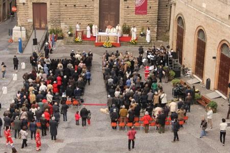 processione per inaugurazione orologio foto comune