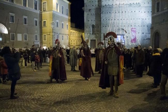 processione_venerdì_santo_macerata_2015 (3)
