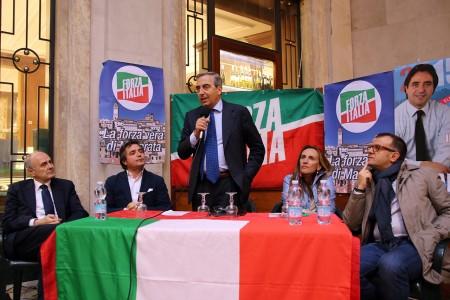 L'incontro di questo pomeriggio. Da sinistra Remigio Ceroni, Fabio Pistarelli, Maurizio Gasparri, Deborah Pantana e Riccardo Sacchi