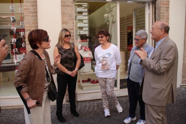 Anna Menghi e Mariella Tardella oggi in Corso Matteotti