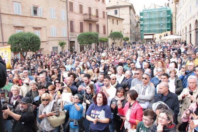 Di Battista Movimento 5 stelle piazza Mazzini 12
