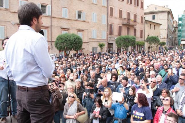 Di Battista Movimento 5 stelle piazza Mazzini 14