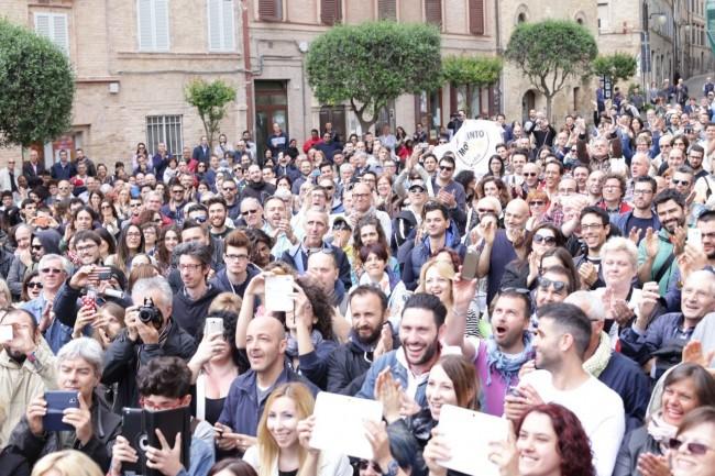Di Battista Movimento 5 stelle piazza Mazzini 22