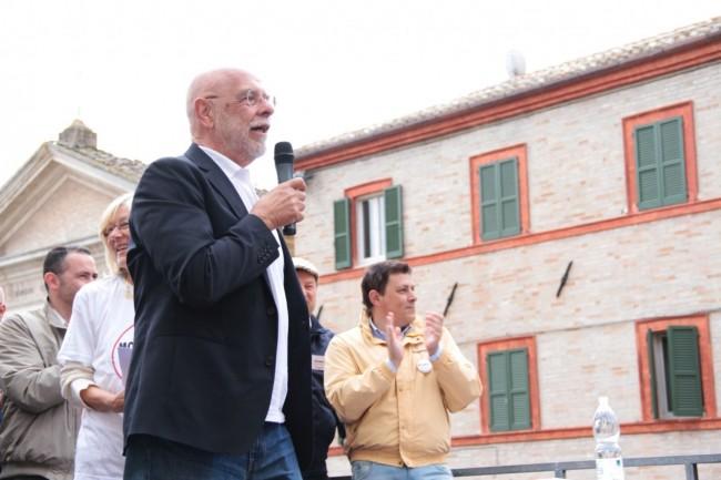 Di Battista Movimento 5 stelle piazza Mazzini 3
