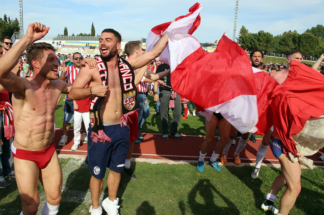 Festeggiamenti Maceratese Lega Pro_Foto LB (21)