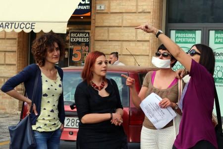 Flashmob docenti scuola_foto LB (3)