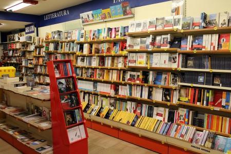 Libreria Mondadori Corso Repubblica MC_Foto LB (2)