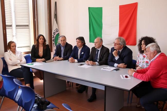 Da sinistra: Deborah Pantana, Barbara Cacciolari, Enzo Marangoni, Fabio Pistarelli, Remigio Ceroni, Gian Mario Spacca, Francesca Falchi e Ottavio Brini