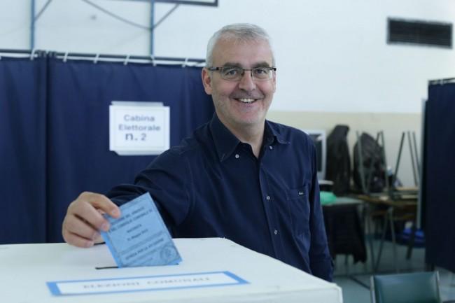 Votazione seggi candidati sindaco carancini 4