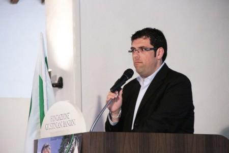 Il sindaco di Recanati Francesco Fiordomo