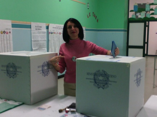 Marina Adele Pallotto ha votato alle 22.40 nella scuola di via Panfilo