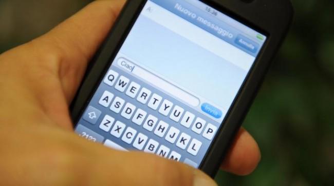 telefono-messaggi-stalking