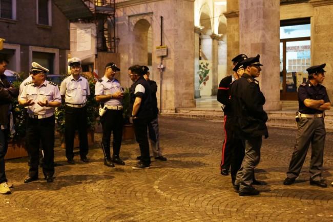 Confronto Carancini e Pantana per lo stadio della Maceratese polizia e carabinieri 1