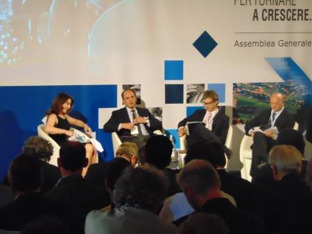 Da destra:  Vincenzo Boccia, Raffaele Oriani e Luca Silla