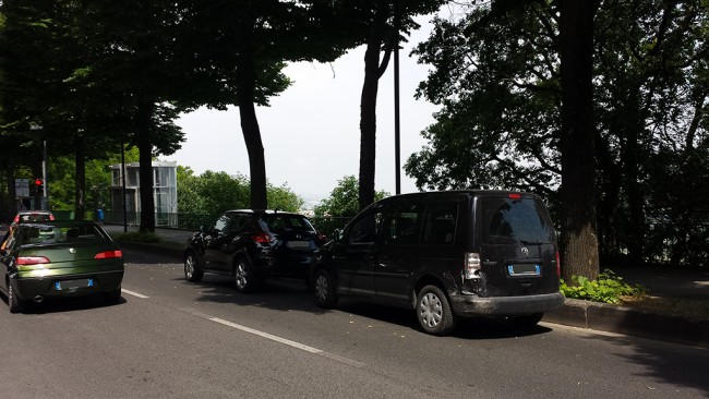 La Nissan e la Volkswagen coinvolte nell'incidente