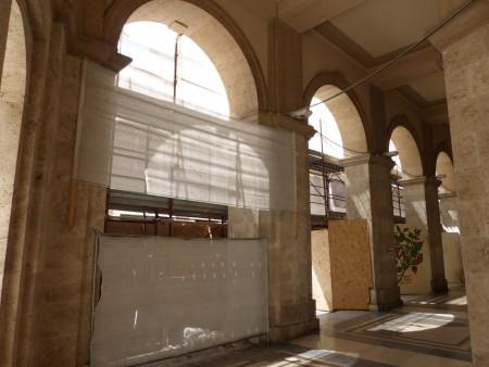 Palazzo degli studi con impalcatura (4)