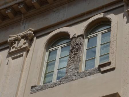 Palazzo degli studi con impalcatura (7)