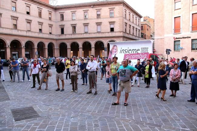 Il pubblico in piazza Vittorio Veneto