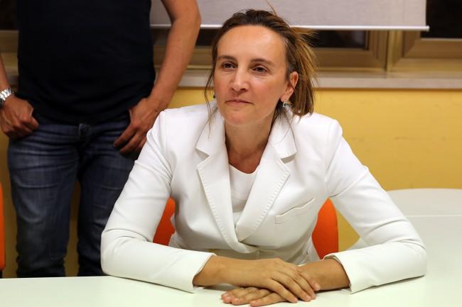 Deborah Pantana nella sua sede elettorale subito dopo la fine dello spoglio