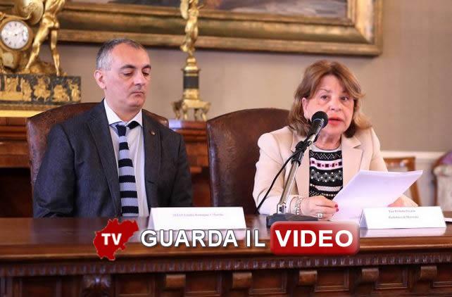 Sergio Pollutri, referente Istat e Rosalia Mazza, vice prefetto vicario (CLICCA SULL'IMMAGINE PER GUARDARE IL VIDEO)