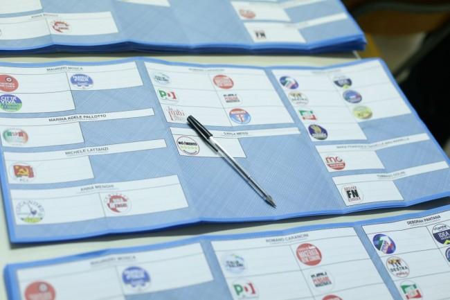 Spoglio elezioni Macerata 2015 foto ap 2